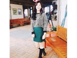 Hostess @savlrich getting in the holiday spirit! #fishhousepensacola #atlaspensacola #deckbar #downtownpensacola #upsideofflorida