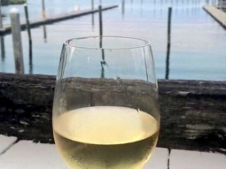 If you're happy and you know it... Drink more wine! Wine always makes us happy. Come have a glass with us, it's Happy Hour! All House Wine only $4!  #fishhousepensacola #wine #happyhour #downtownpensacola #upsideofflorida #loveFL