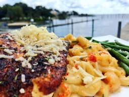 Today's lunch special: Blackened mahi over crawfish Mac and cheese with sautéed green beans. #DowntownPensacola #visitpensacola #pensagram #fishhousepensacola #pensacola